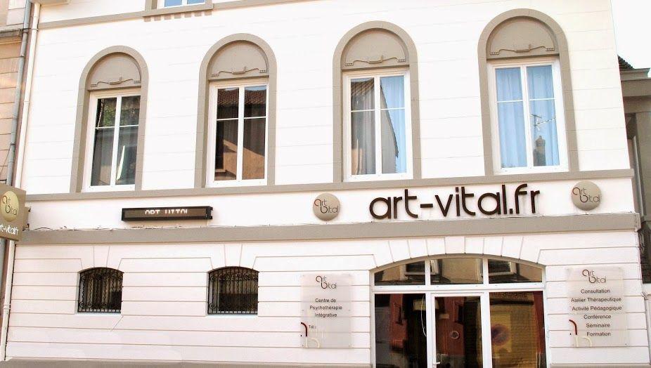 Salon de la voyance au centre art vital du 20 au 22 juin for Salon voyant