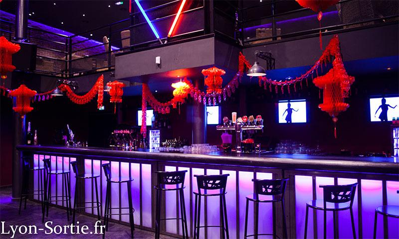 apéro voyance à l'avenue 45 club bar restaurant à villeurbanne